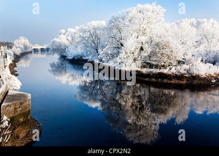River shannon in winter, munster, limerick, ireland - Stock Photo