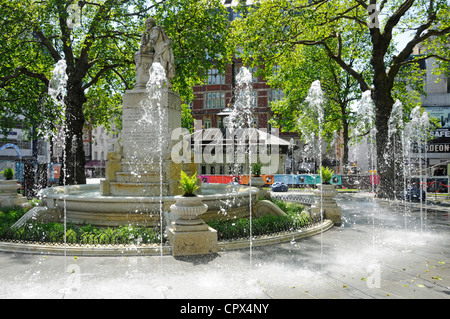 New fountains in the refurbished Leicester Square gardens - Stock Photo