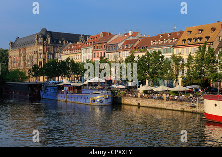 France, Bas Rhin, Strasbourg, old town listed as World heritage by UNESCO, terraces of cafe on the banks of Ill - Stock Photo