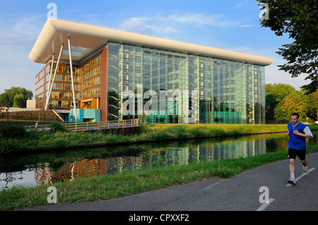France, Bas Rhin, Strasbourg, building of the European Council by architects Art and Build on quay Jacoutot - Stock Photo