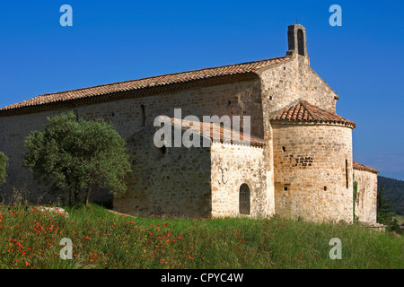 France, Vaucluse, Luberon, Beaumont de Pertuis, Notre Dame de Beauvoir Chapel - Stock Photo