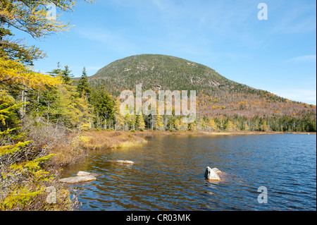 Autumn foliage, Indian Summer at Lonesome Lake, looking towards Cannon Mountain, Franconia Notch State Park