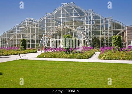 UK. England. The new Bicentinary Glasshouse. Wisley Gardens. Surrey. - Stock Photo