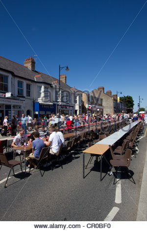 June 4th 2012, Rhuddlan, north Wales. A street party to celebrate the Queen's Jubilee. - Stock Photo