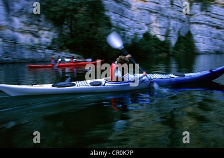 France, Alpes de Haute Provence, near Montpezat, canoes in Basses Gorges du Verdon - Stock Photo