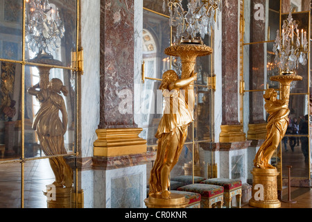 France Yvelines Chateau de Versailles listed as World Heritage by UNESCO Galerie des Glaces Hall of Mirrors length - Stock Photo