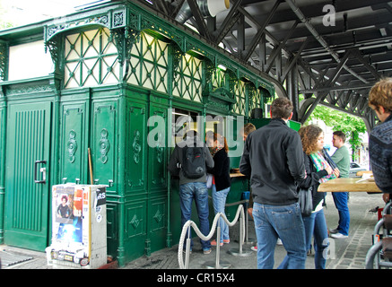 BERLIN, GERMANY. Burgermeister, a popular imbiss serving burgers from a converted public toilet in eastern Kreuzberg. - Stock Photo