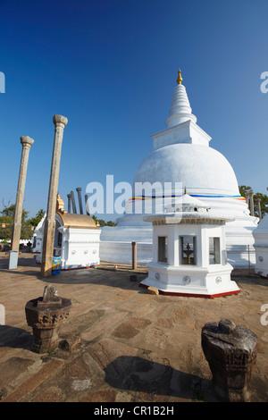 Thuparama Dagoba, Anuradhapura, (UNESCO World Heritage Site), North Central Province, Sri Lanka - Stock Photo