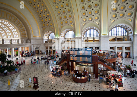 Union Station, Washington DC, A view of the main terminal entrance and lobby from above. - Stock Photo