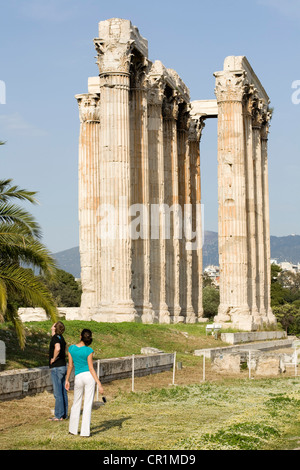 Greece, Attica, Athens, Olympieion or Stiles Olympiou Dios (the Olympian Zeus Temple), built in the 6th century - Stock Photo