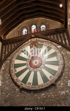 The round table in Winchester Castle Great Hall. - Stock Photo