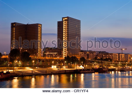 France, Paris, the National Library of France (Bibliotheque National de France, BNF) by the architect Dominique - Stock Photo