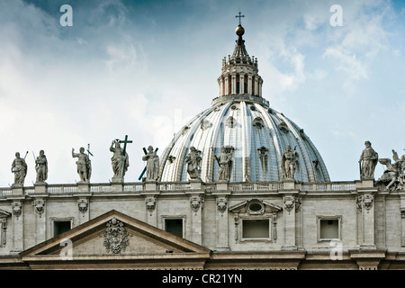 Statues of St Peters Square in Rome - Stock Photo
