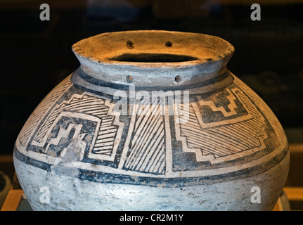 Mesa Verde Kiva Jar from Mesa Verde National Park, made by Anasazi Indian potters 1180 to 1300 A.D. - Stock Photo