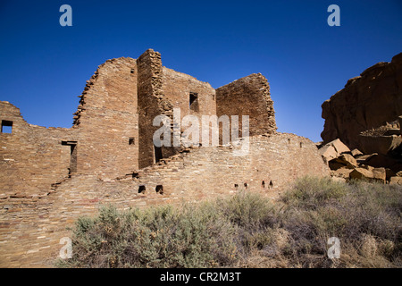 The sandstone walls of the Anasazi great house of Pueblo Bonito, Chaco Canyon National Historical Park, New Mexico - Stock Photo