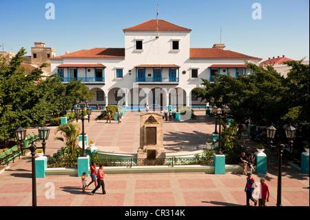Cuba, Santiago de Cuba Province, Santiago, city of Santiago de Cuba, Plaza Caspedes and the Town hall where Fidel - Stock Photo