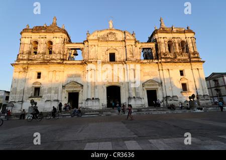 Exterior view, Leon Cathedral, Catedral de la Asuncion, built in 1860, Leon, Nicaragua, Central America - Stock Photo
