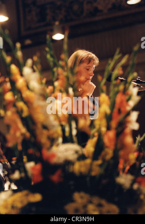 Merkel, Angela, * 17.7.1954, German politician (CDU), half length, delivering a speech, at the Munich Residence, - Stock Photo