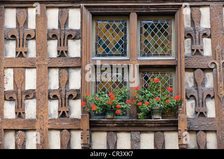 France, Hautes Pyrenees, Arreau, Maison des Lys, 16th century house - Stock Photo