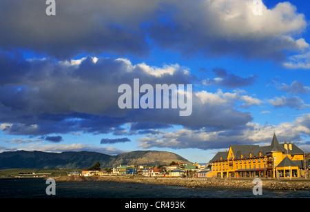 Chile, Magallanes and Antartica Chilena Region, Ultima Esperanza Province, Puerto Natales, the harbour - Stock Photo