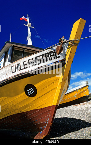 Chile, Magallanes and Antartica Chilena region, Magallanes Province, Punta Delgada, fishing boat on the beach at - Stock Photo