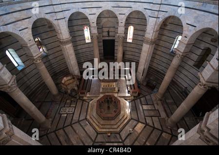 Italy, Tuscany, Pisa, Campo dei Miracoli UNESCO World Heritage, baptistery - Stock Photo