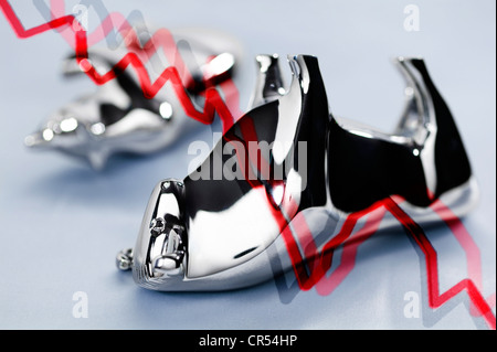 Bull and bear, symbol of the stock market, dead on their backs, symbolic image for the stock market crash - Stock Photo
