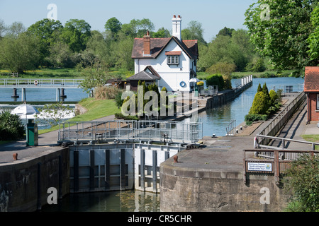 Goring Lock on The River Thames -1 - Stock Photo