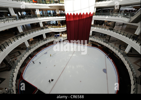 Ice-skating rink in the City Centre Mall, Doha, Qatar, Arabian Peninsula, Persian Gulf, Middle East, Asia - Stock Photo