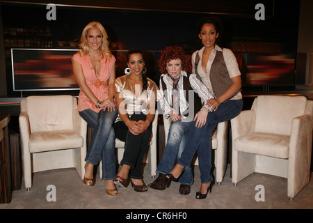 No Angels, German pop group (pop music), founded: 2001, member: Sandy Mölling, Nadja Benaissa, Ludmila Diakovska, - Stock Photo
