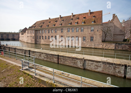 Barrage Vauban, former city fortifications on the Ill River, barrage, Strasbourg, Alsace, France, Europe - Stock Photo