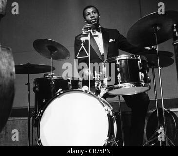 Modern Jazz Quartett, the, American jazz band, member: Connie Kay, playing drums, 1955, Additional-Rights-Clearances - Stock Photo