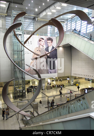 Interior of large new railway station at west Kowloon in Hong Kong - Stock Photo