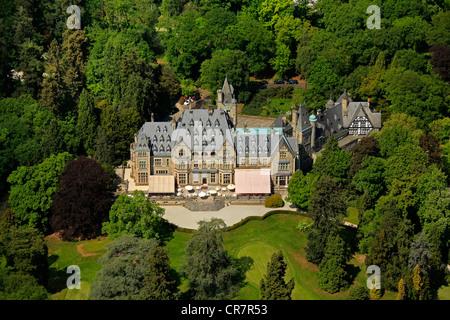 Aerial view, Schlosshotel Kronberg castle hotel Kronberg, golf and country club Kronberg, Kronberg im Taunus, Hesse