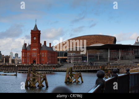 View Of Pier Head building and Millennium center and welsh assembly building - Stock Photo