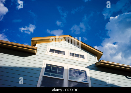 Carriage house over a garage, Craftsman Style residential home in Colorado, USA - Stock Photo