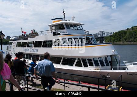 Tourists Passengers boarding Capital Cruise, Ottawa, Ontario, Canada - Stock Photo