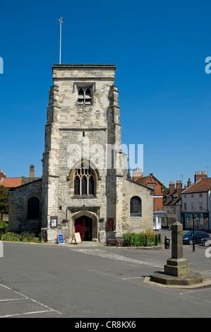 St Michael's Church Market Place Malton North Yorkshire England UK United Kingdom GB Great Britain - Stock Photo