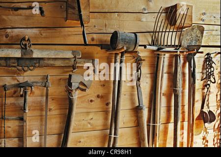 Garden tools, Haeuslmannhof farm, Bauernhausmuseum Amerang farmhouse museum, Amerang, Bavaria, Germany, Europe - Stock Photo