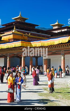 Asia, Bhutan, Thimphu, Autumn Tsechu festival at Trashi Chhoe Dzong - Stock Photo