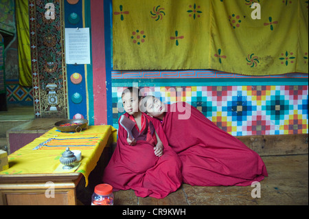 boy monks, Paro Rinpung Dzong (1644), Paro, Bhutan, Asia - Stock Photo