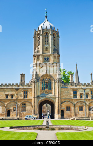 Christ Church college Tom Quad and Tom Tower Oxford University Oxfordshire England UK GB EU Europe - Stock Photo