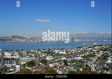 Devonport, view of the skyline of Auckland, New Zealand - Stock Photo
