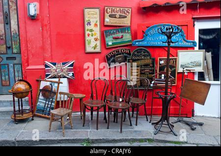 Antiques shop, Portobello Road, Notting Hill, London, England, United Kingdom, Europe - Stock Photo