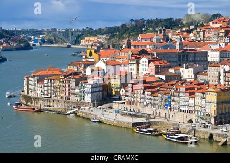 Panoramic view across Porto with Rio Douro, Portugal, Europa - Stock Photo