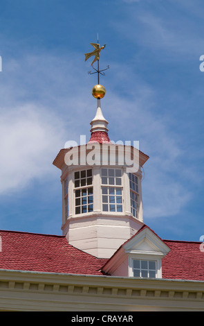 MOUNT VERNON, VIRGINIA, USA - Cupola on roof of plantation home of George Washington, first President of the United - Stock Photo