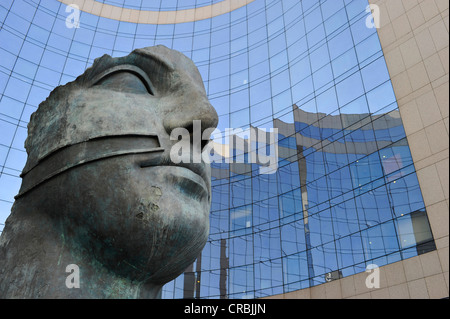 Sculpture in front of the Tour KPMG building, La Défense, Paris, France, Europe - Stock Photo