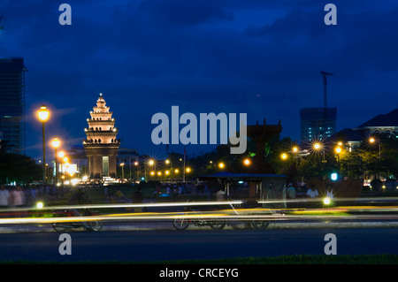 Cambodia Phnom Penh Independence Monument - Stock Photo