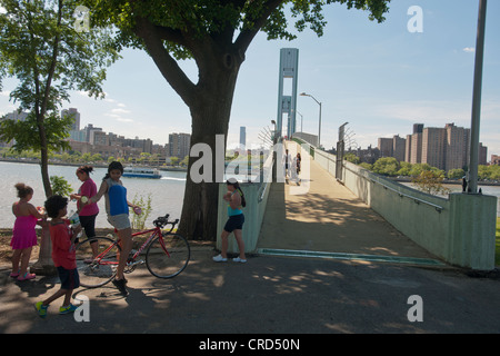 The newly renovated and reopened Randall's Island footbridge over the East River in New York - Stock Photo