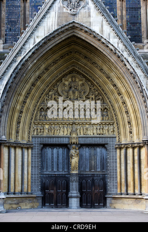 North entrance sculptures. Westminster Abbey. London. England - Stock Photo